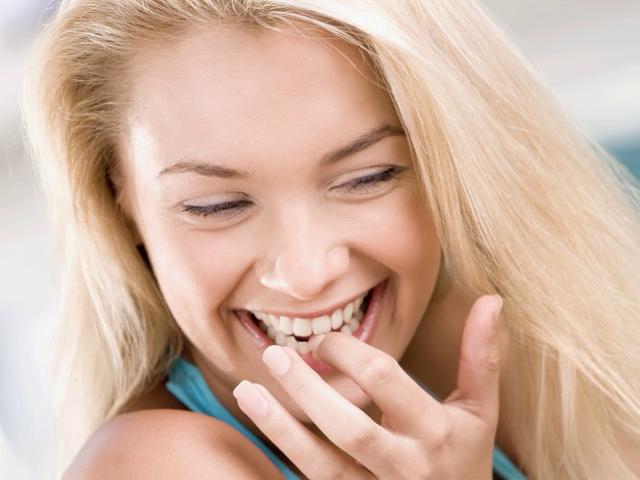 Запах изо рта - причины и лечение, как избавиться от неприятного запаха?